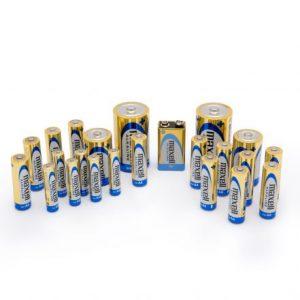 Paket baterijskih vložkov: 12 x AA, 6 x AAA, 2 x C, 2 x D, 1 x 9V