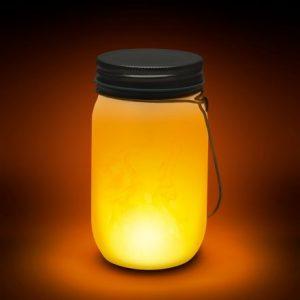Baterijska LED svetilka z efektom plamena