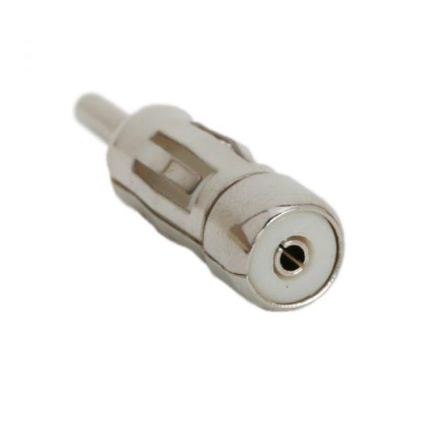 Adapter za avtomobilsko anteno