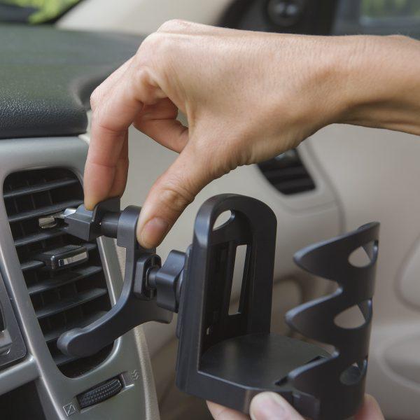 Avtomobilsko držalo za pijačo za rešetke ventilacije - črno