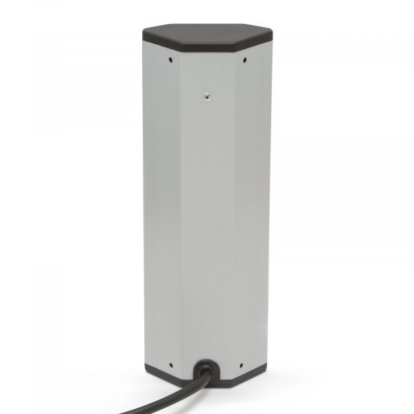 Kotni razdelilec - 5 x 250V, 16A - 2 x USB, 2,1A - aluminijasto ohišje