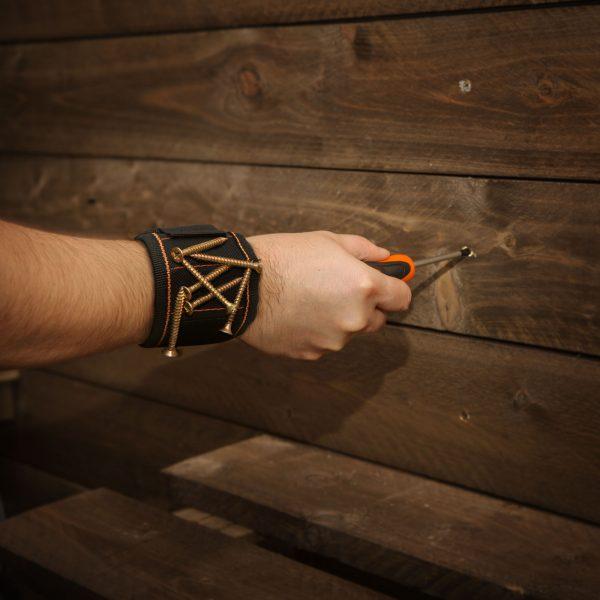 Magnetni trak za vijake za na roko