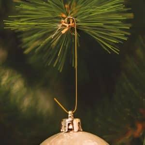 Obešalniki za božične okraske - zlati - 150 kosov / paket