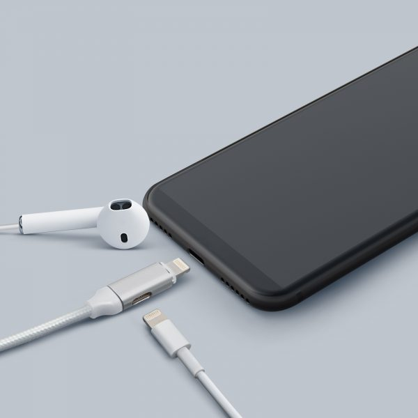 "Podatkovni kabel - 2 v 1 iPhone ""Lighting"" v beli barvi - 1 m"