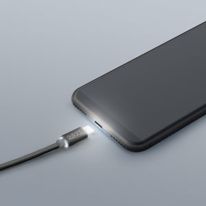 "Podatkovni kabel - iPhone ""Lighting"" - LED lučka, črni - 1 m"