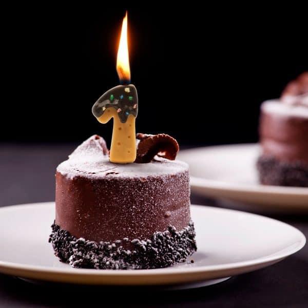 Svečka za na torto v obliki številke 1