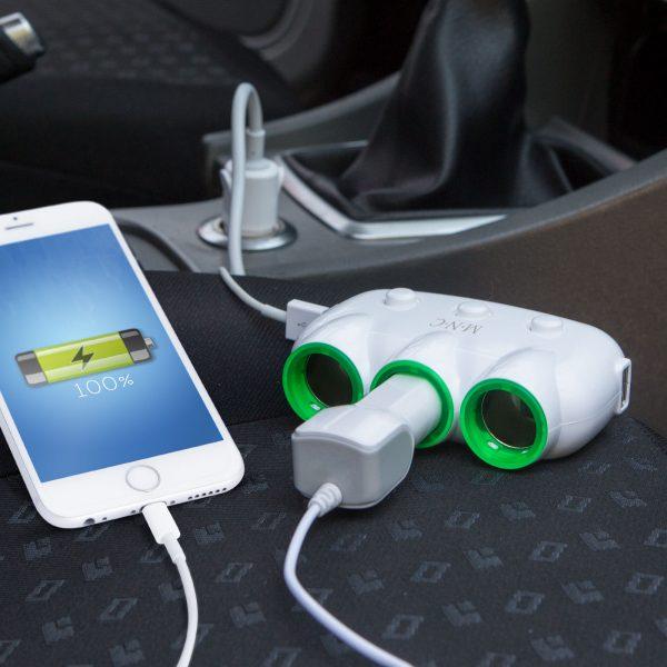 Trojni razdelilec vtičnice za vžigalnik avtomobila + 2 x USB - belo/zelen